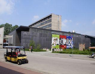 [Kraków] Muzeum Sztuki Współczesnej M O C A K, ul. Lipowa 4 428033
