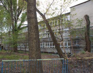 [Kraków] XII Liceum Ogólnokształcące, Os. Kolorowe 29a 515850