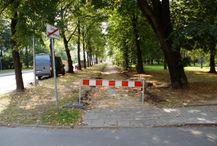 [Kraków] Ulica Bulwarowa, (remont chodnika)