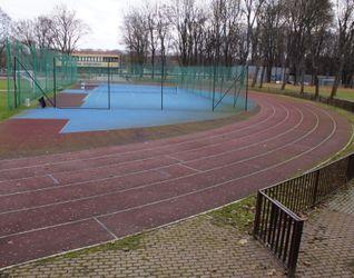 [Kraków] Międzyszkolny Ośrodek Sportowy, ul. Bulwarowa 455020