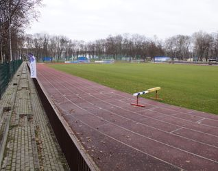 [Kraków] Międzyszkolny Ośrodek Sportowy, ul. Bulwarowa 455021