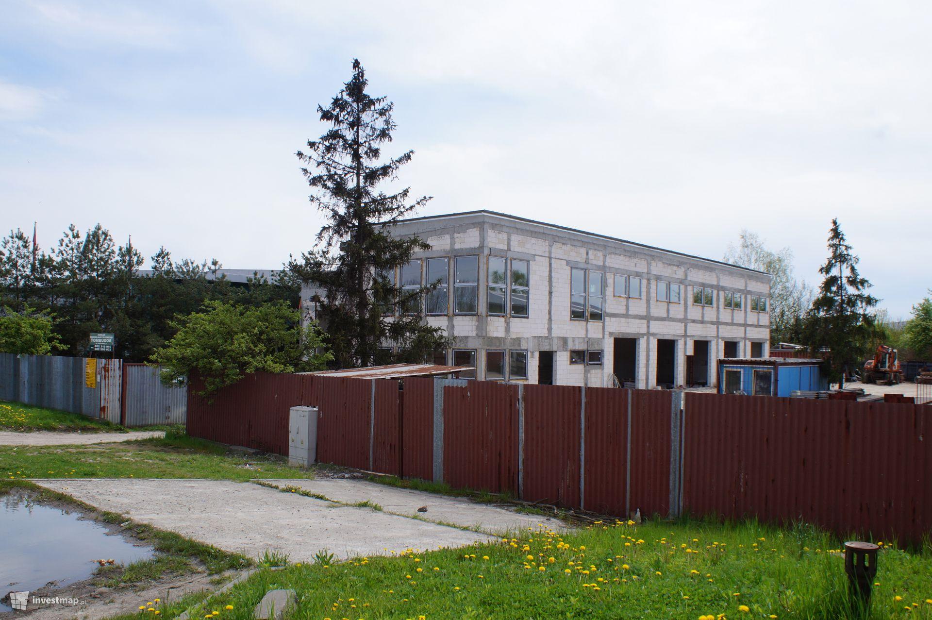Budynek Usługowy, ul. Nad Drwiną