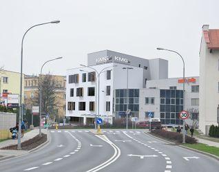 [Rzeszów] Biurowiec KMG, ul. Lenartowicza 6 330621