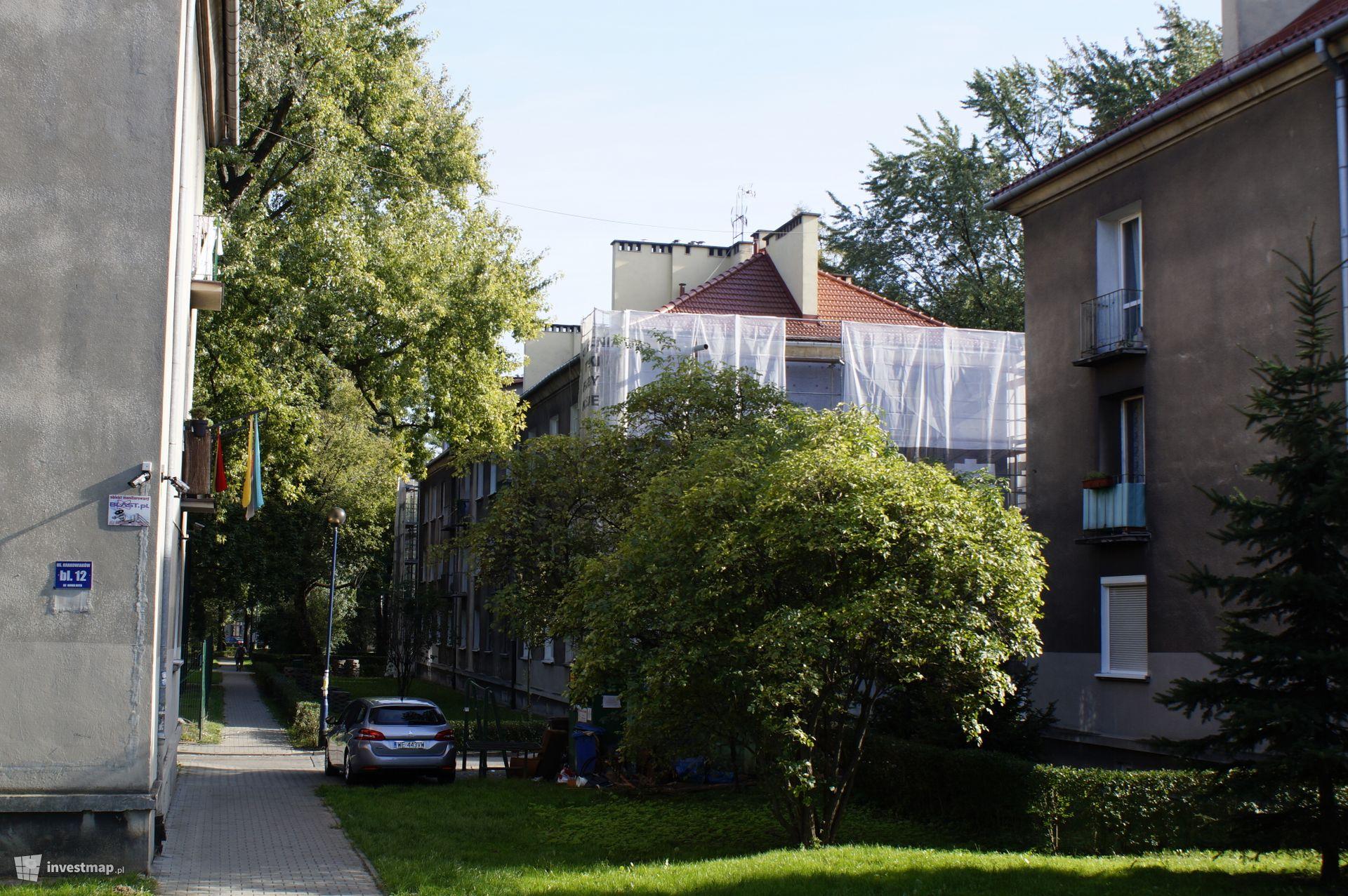 Budynek Mieszkalny, Os. Krakowiaków 10