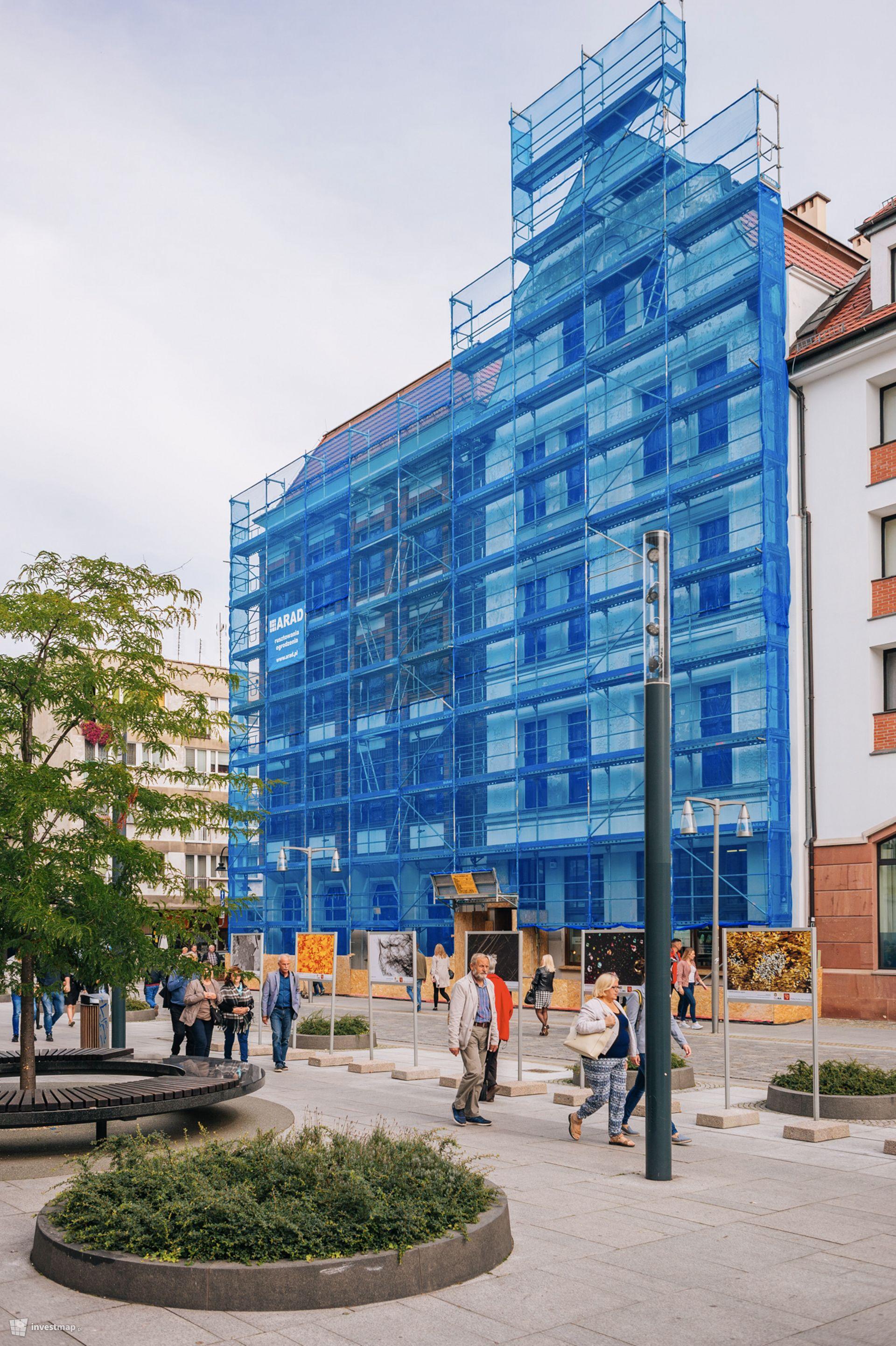 Remont elewacji budynku przy Kużniczej 21-22
