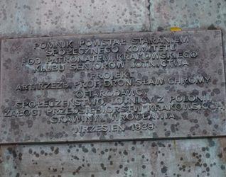 [Kraków] Pomnik Lotników 437136