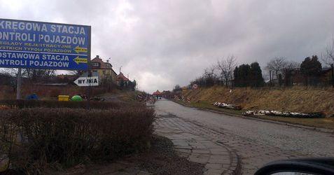 [Wałbrzych] Ul. Gagarina/Lewelela (remont) 106385