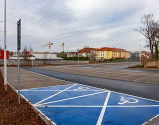 [Warszawa] Parking systemu Park & Ride Opolska 404885