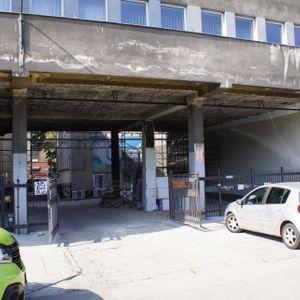[Kraków] Remont biurowca, ul. Halicka 9 440481