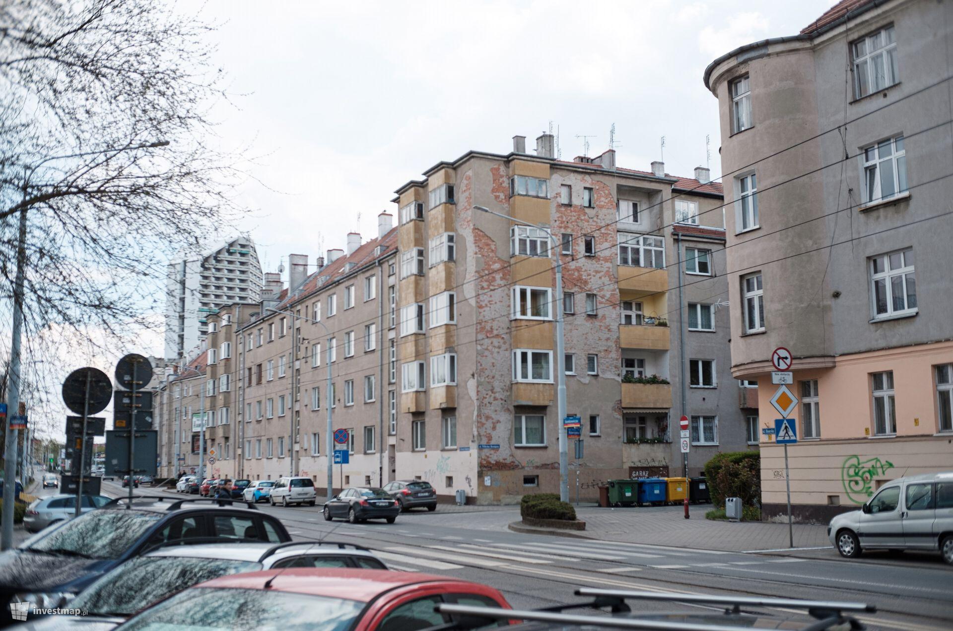Kamienica Sienkiewicza 109