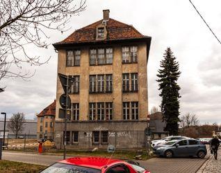Budynek Wydziału Matematyki Politechniki Wrocławskiej 373171