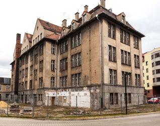 Budynek Wydziału Matematyki Politechniki Wrocławskiej 373172