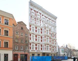 Remont i przebudowa budynku mieszkalnego przy placu Uniwersyteckim 7 496308