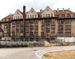 Budynek Wydziału Matematyki Politechniki Wrocławskiej 373173