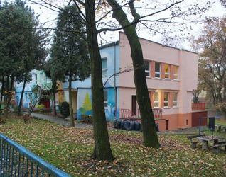 [Kraków] Przedszkole, ul. Jarzębiny (Remont) 496316