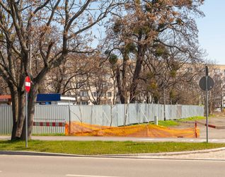 "Hotel ""Puro"", pl. Orląt Lwowskich 512200"