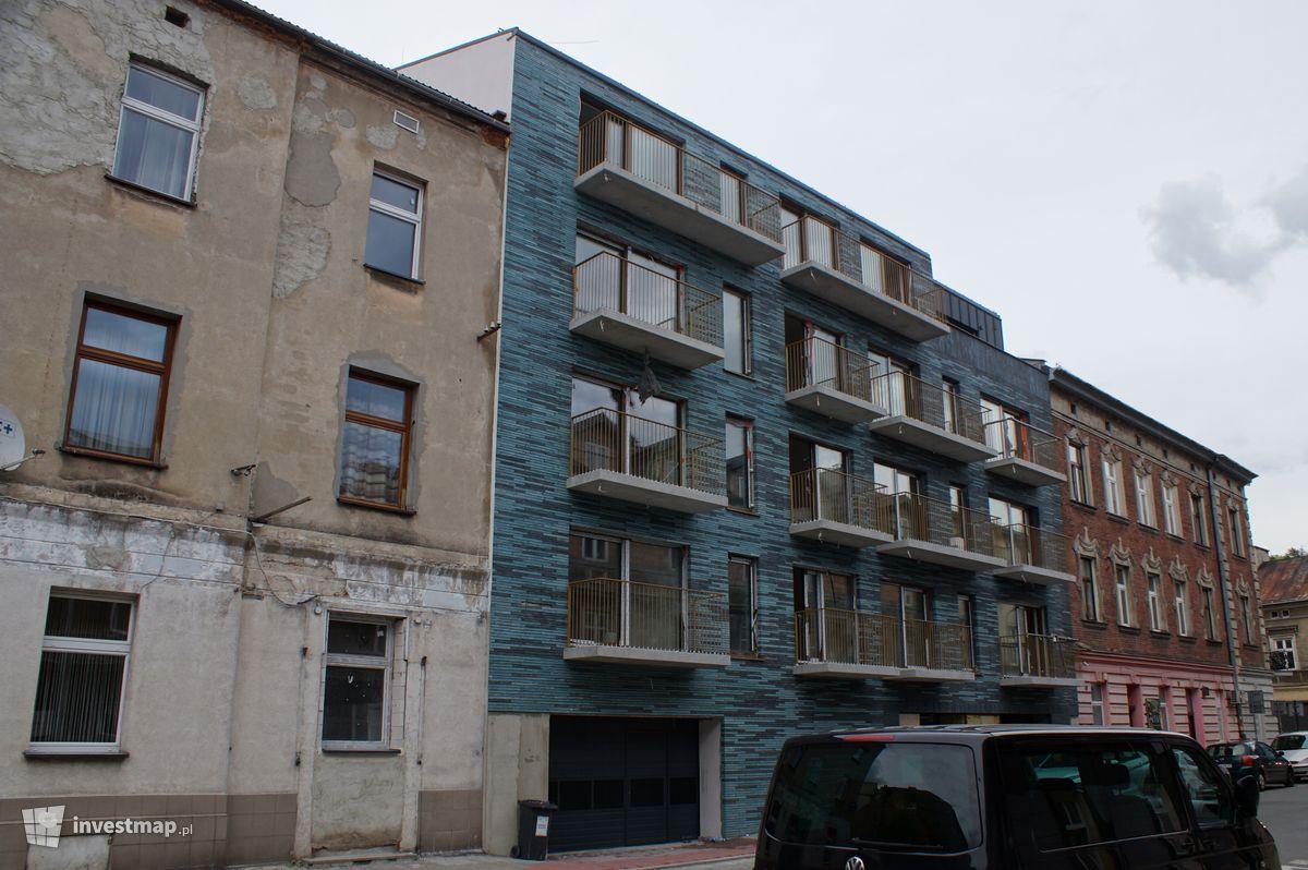 Zdjęcie Budynek wielorodzinny Długosza 4 fot. Damian Daraż