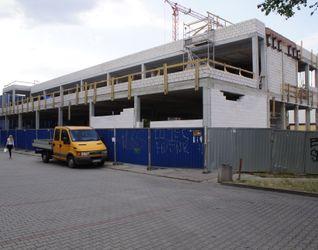 [Kraków] Budynek Handlowo-Usługowy, Os. Centrum E 434377