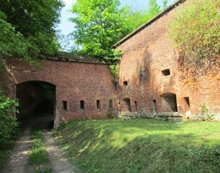 Fort reditowy nr 7 Bronowice  478158