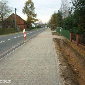 Ścieżka i chodnik w Sosnówce 466134