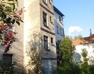 Budynek wielorodzinny, ul. Brzezińska 12 421080
