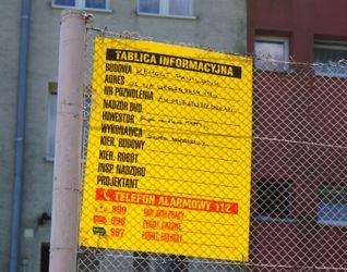 [Kraków] Pawilon Handlowy, ul. Urbanistów 481255