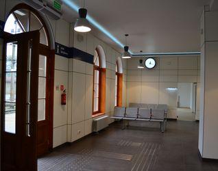 [Brzeg Dolny] Dworzec PKP (modernizacja) 123631