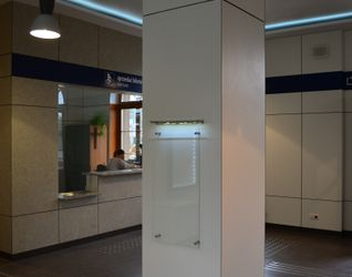 [Brzeg Dolny] Dworzec PKP (modernizacja) 123633