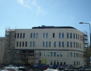 [Warszawa] Rozbudowa szpitala przy ul. Kopernika 157425