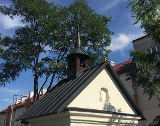 Zabytkowa kapliczka przy ulicy Kobierzyńskiej 443161