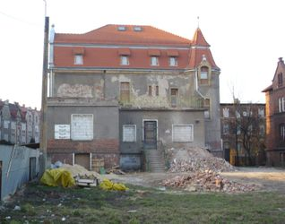 [Kluczbork] Przebudowa domu na hotel, ul. Waryńskiego 15099
