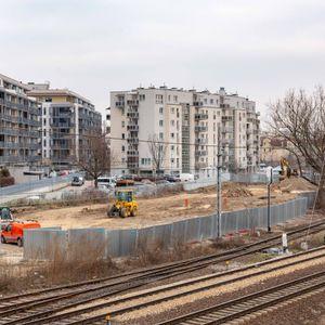 [Warszawa] Esteio 411169