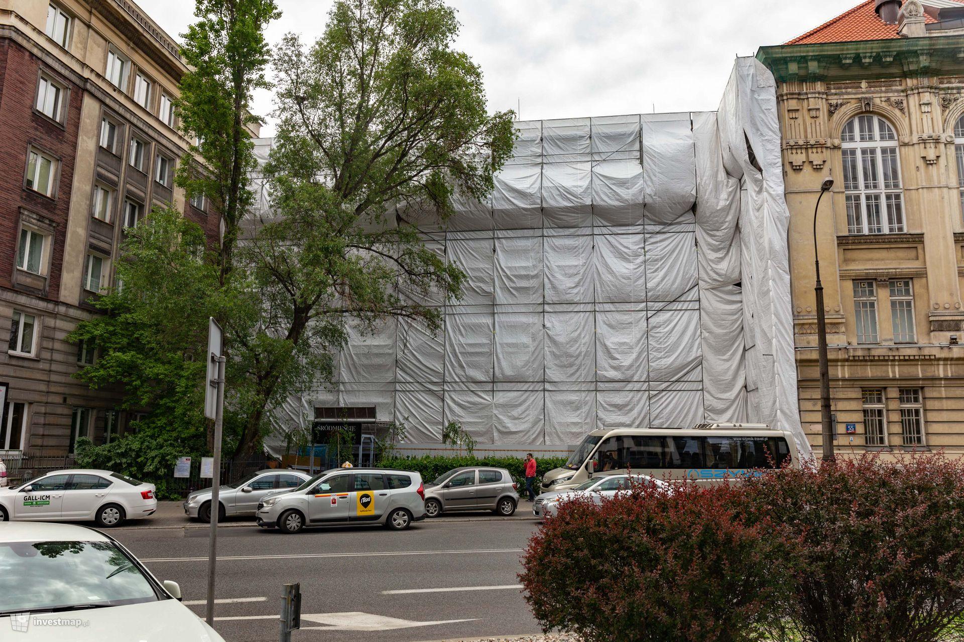Wydział Architektury Politechniki Warszawskiej przy Koszykowej 55
