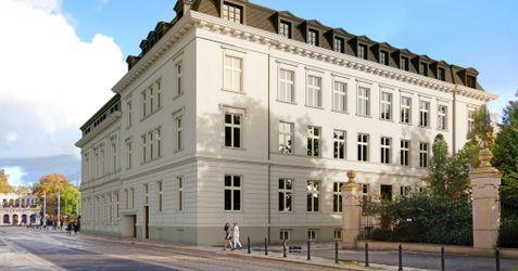"Hotel ""Altus Palace"", ul. Wierzbowa 15 366382"