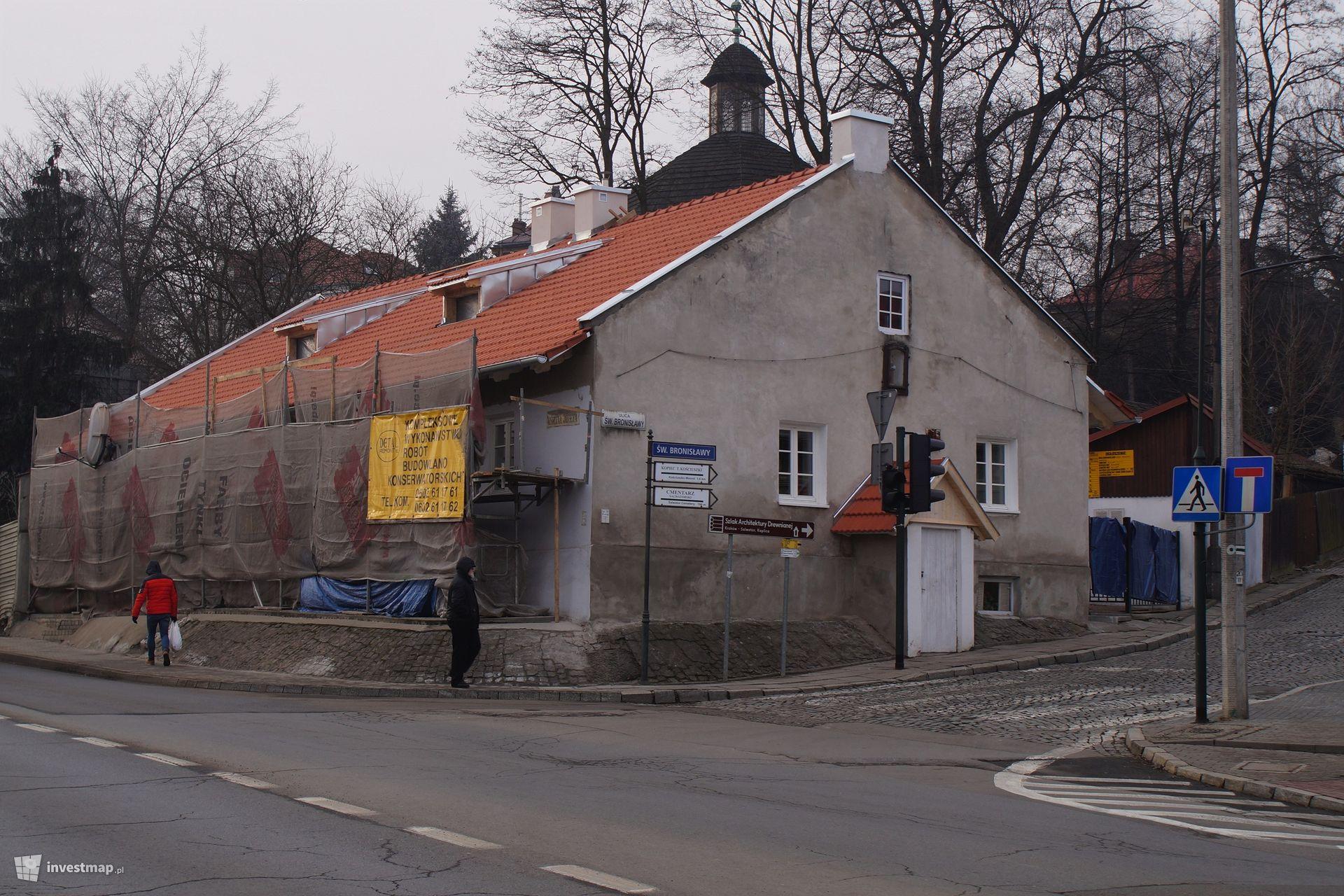 Remont, ul. Św. Bronisławy 2