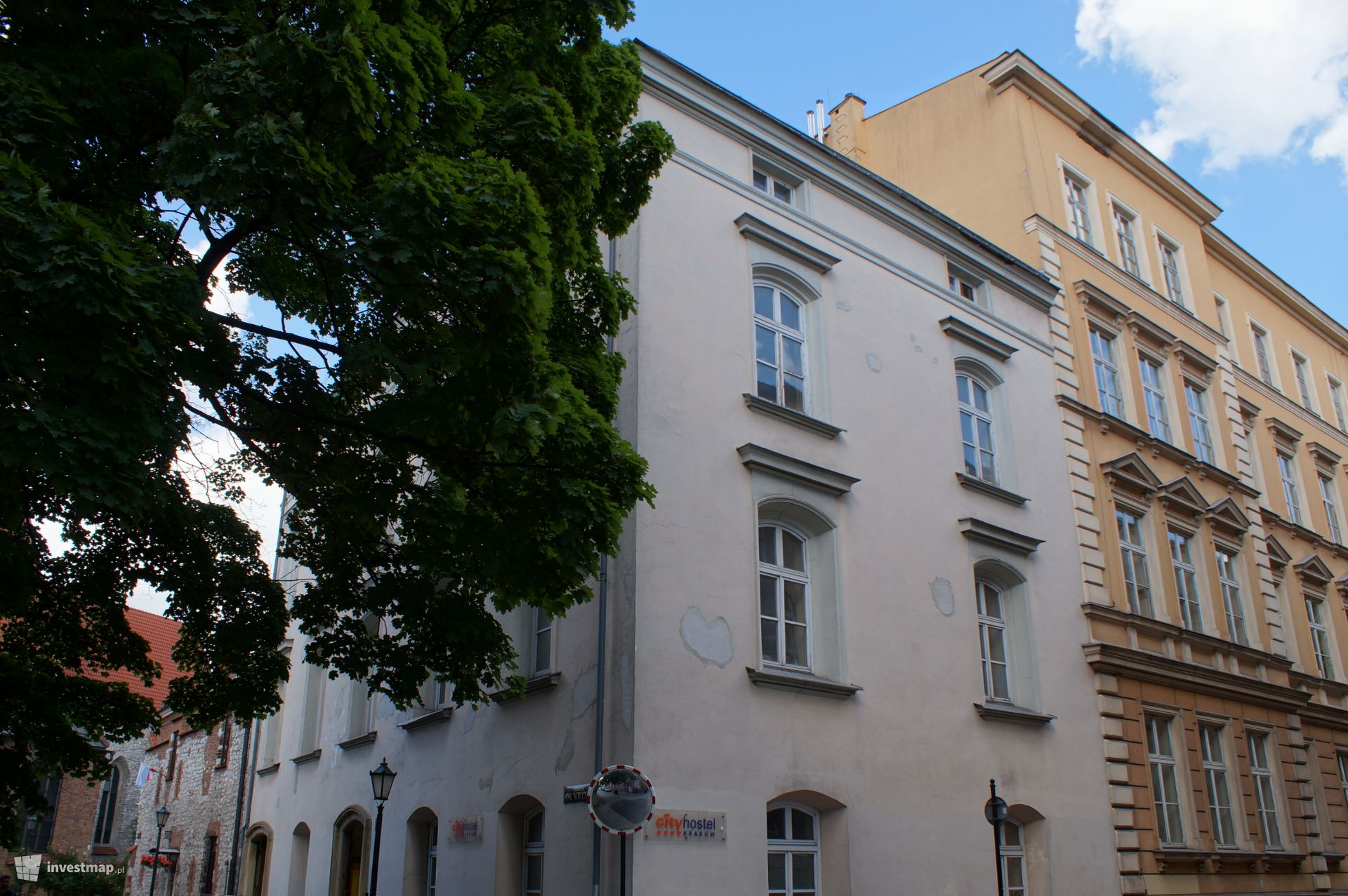 Hotel, ul. Św. Krzyża 21