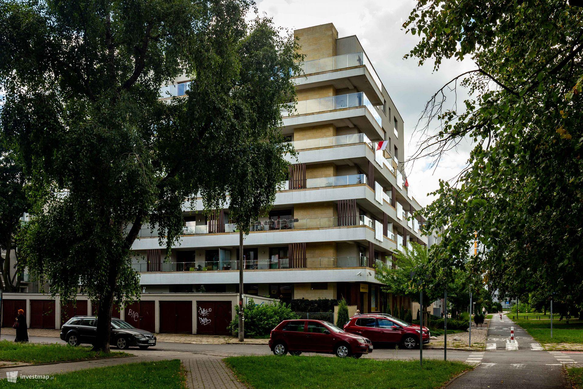 Perzyńskiego 20