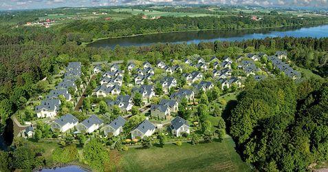 """[Tuchom] Osiedle domów jednorodzinnych """"Golf Park"""" 218427"""