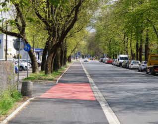[Kraków] Ulica Bulwarowa, (remont chodnika) 474940