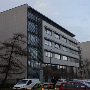 [Kraków] Biurowiec, ul. Mosiężnicza 3 467264