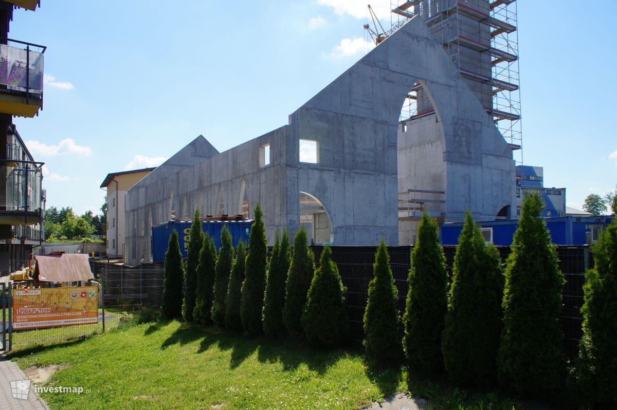 Zdjęcie Kościół, ul. Radzikowskiego 49 fot. Damian Daraż