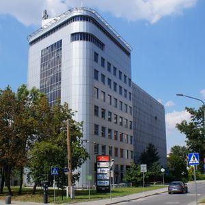 [Kraków] Biurowiec, ul. Racławicka 56 486213