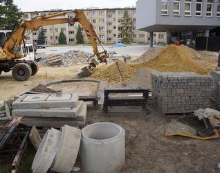 [Kraków] Biurowiec, ul. Mogilska 25 440134