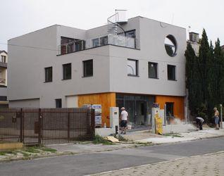 [Kraków] Budynek Mieszkalny, ul. Eisenberga 7 435527