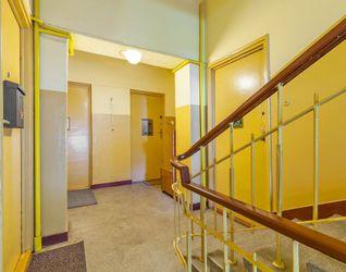 Budynek mieszkalno-biurowy, ul. Radłowska 9 456015