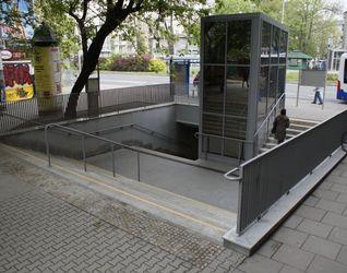 [Kraków] Przejście Podziemne, ul. Morawskiego 424536