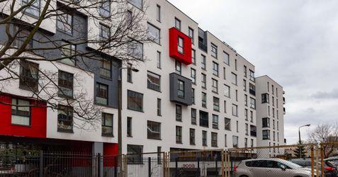 [Warszawa] Budynek mieszkalny Jedwabnicza 413795