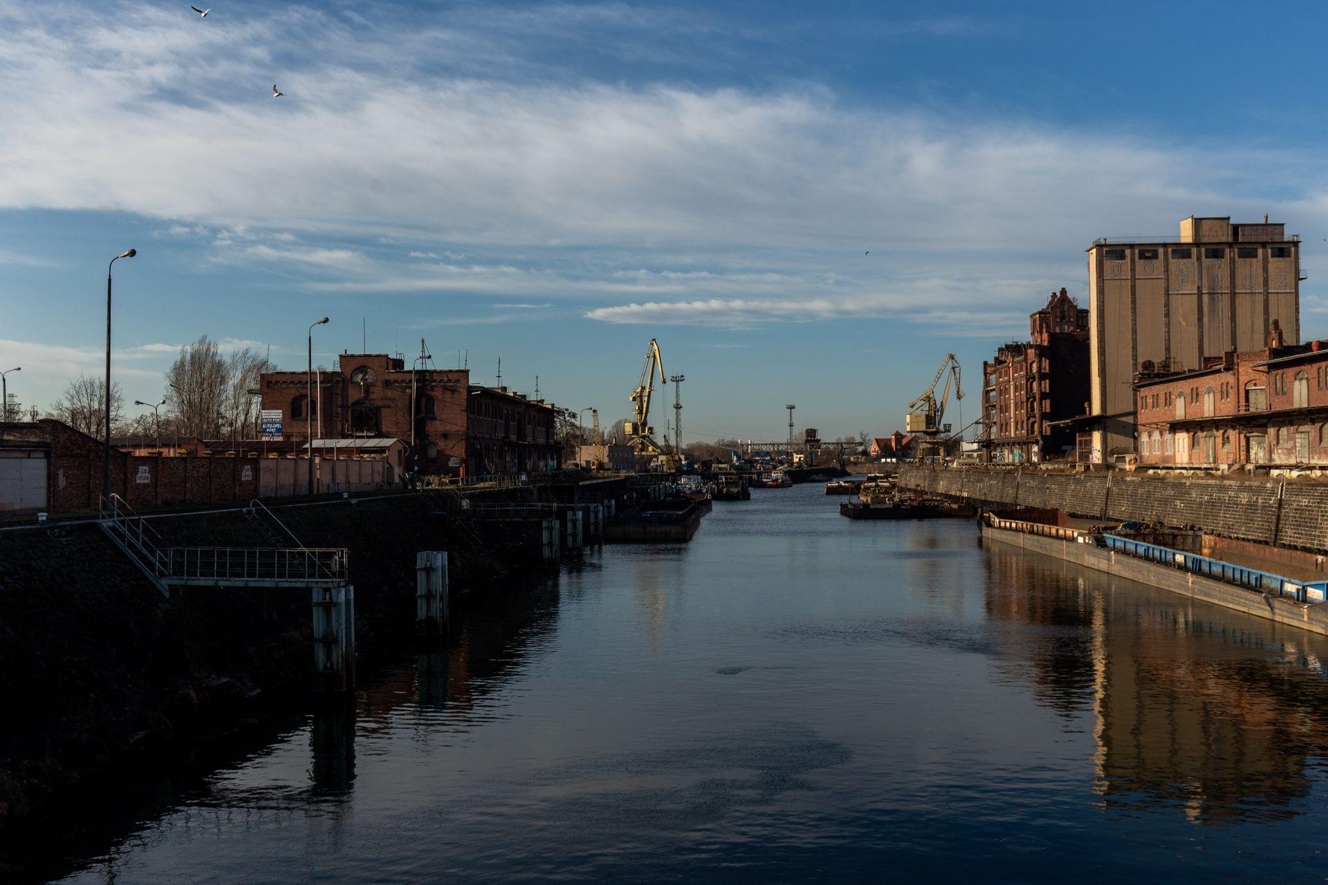 Wrocław: OT Logistics znalazł chętnego na zabytkowy port miejski na Kleczkowie