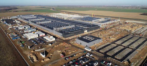 Jawor: Będzie jeszcze jedna fabryka Mercedesa?