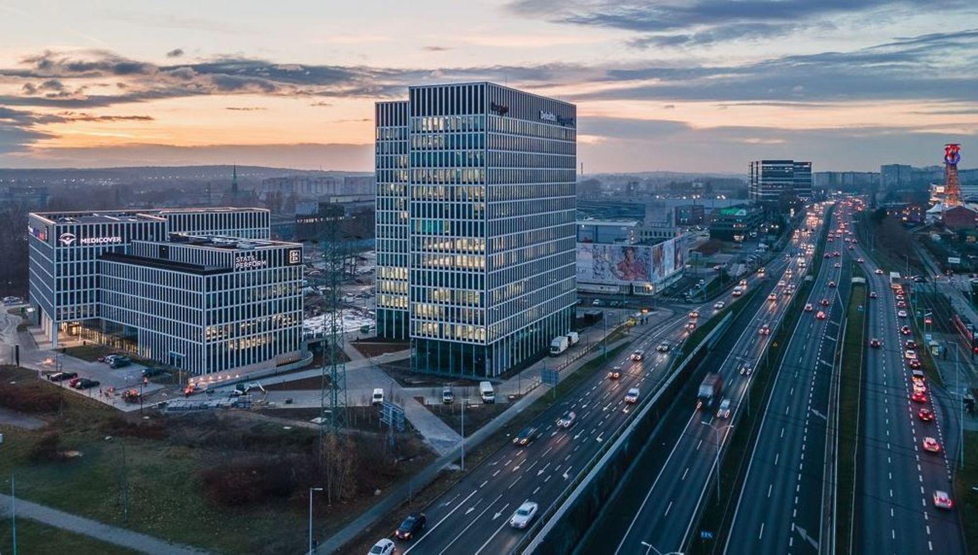 Katowice: Drugi etap kompleksu biurowego Face2Face Business Campus już gotowy